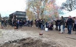 """""""Wethouder Luijendijk geeft startsein voor bouw project ERF357 aan de Voordijk in Barendrecht"""""""